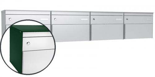 Stebler 4-er Briefkastengruppe s:box 13, Post-Norm, Gehäuse RAL 6005 Moosgrün, Front 9006 Weissaluminium